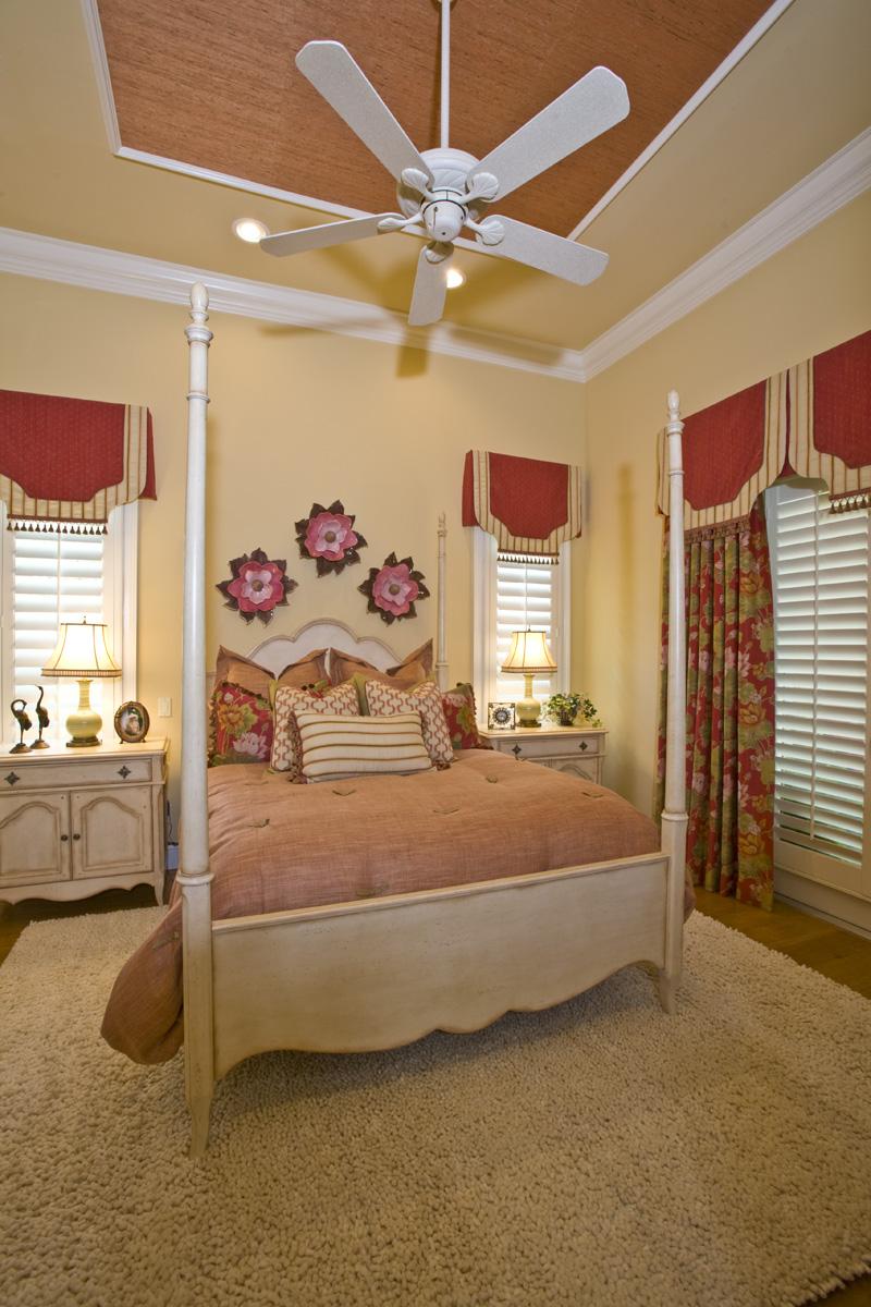 Luxury Home Gallery 03 - 07